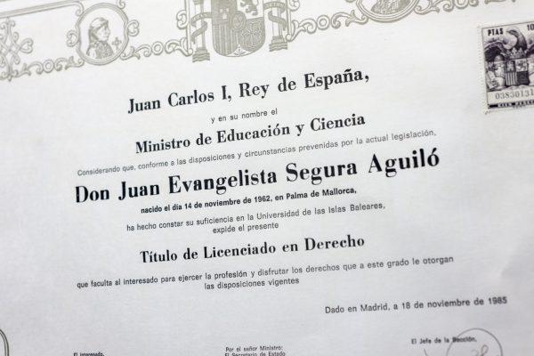 Juan E Segura